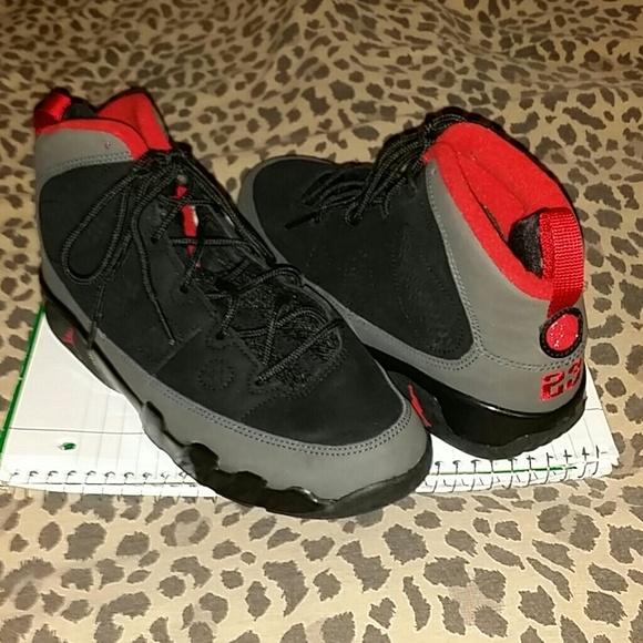 finest selection 0e633 8ecb1 Black, Gray, & Red Retro 9s Jordans