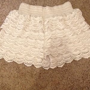 Dresses & Skirts - Shorts
