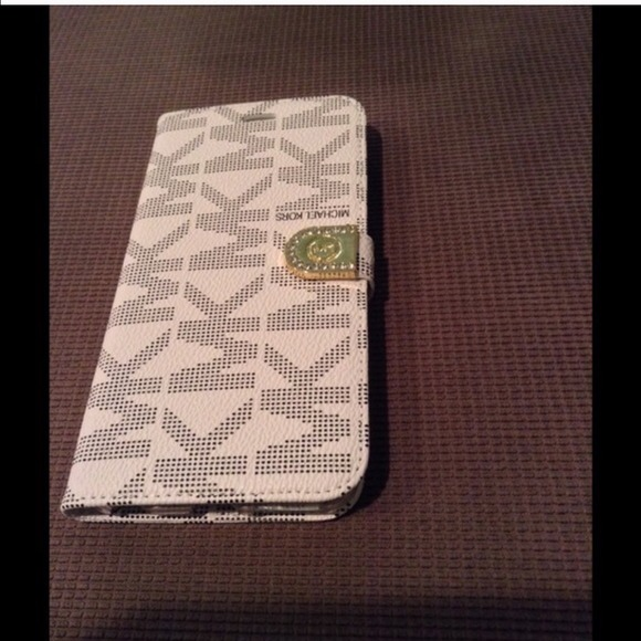 sports shoes b72c3 bc89a iPhone 6 plus wallet case NWT