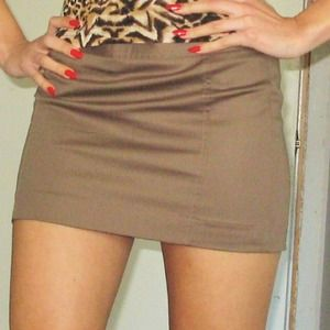 Express olive green mini skirt size 0