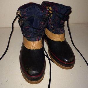 989edd06850ec Cedar Crest Boots!😍