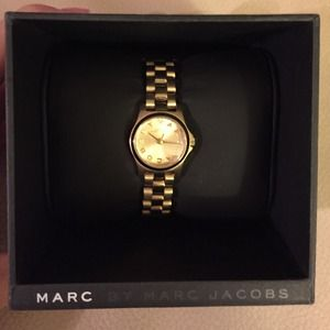 Marc by Marc Jacobs thin gold watch!