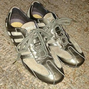 GEOX Shoes - GEOX Respira Sneaker Womens Size 9