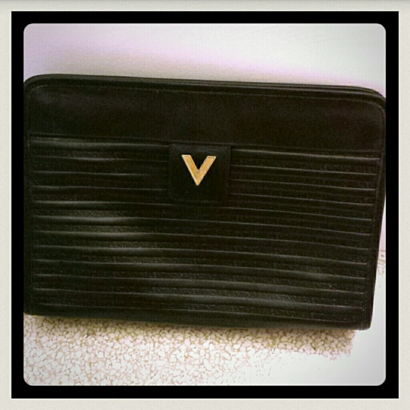 entire collection newest style of pretty cheap Mario Valentino vintage clutch