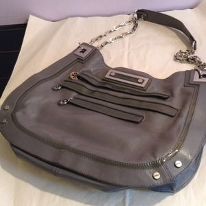 PRE-OWNED TORY BURCH GRAY LEATHER SHOULDER BAG