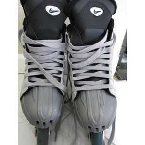 Nike Shoes - Nike Quest Aero Jr Rollerblades a0e325081012