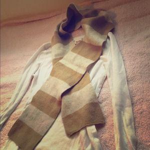 Brown & tan Gap wool scarf