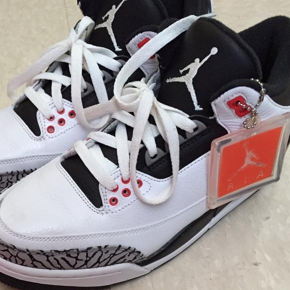 online store 44c1e 50e46 Jordan 3 boys 8.