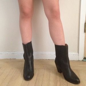 Fast Delivery H&M Leather Ankle Boots Clearance Low Price Fee Shipping WbBgsJ8