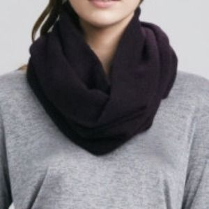 Vince Mulberry, Blend, Infinity Scarf NWT