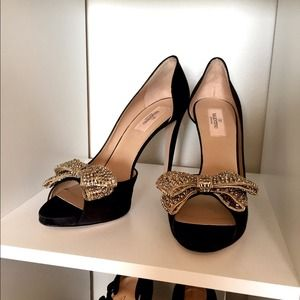 Valentino Shoes - Valentino Bow Pumps BNWT