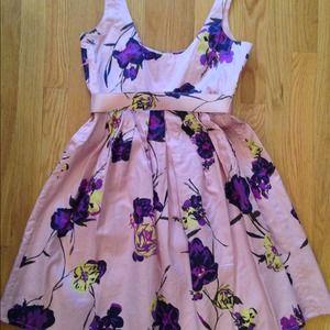 BB Dakota Dresses - Pink floral BB Dakota dress w/belt