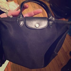 SMALL LIKE NEW BLACK AUTHENTIC LONGCHAMP BAG