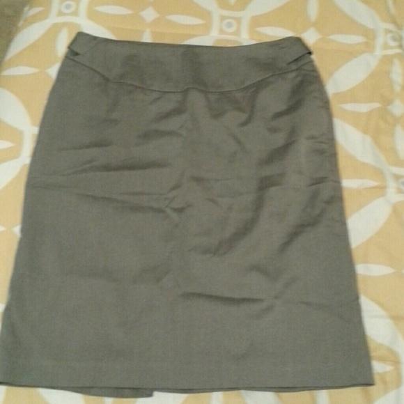 8229c280595a2 🔴JCPenney Worthington brand grey skirt. M 54c59e67d14d7b2f76008115