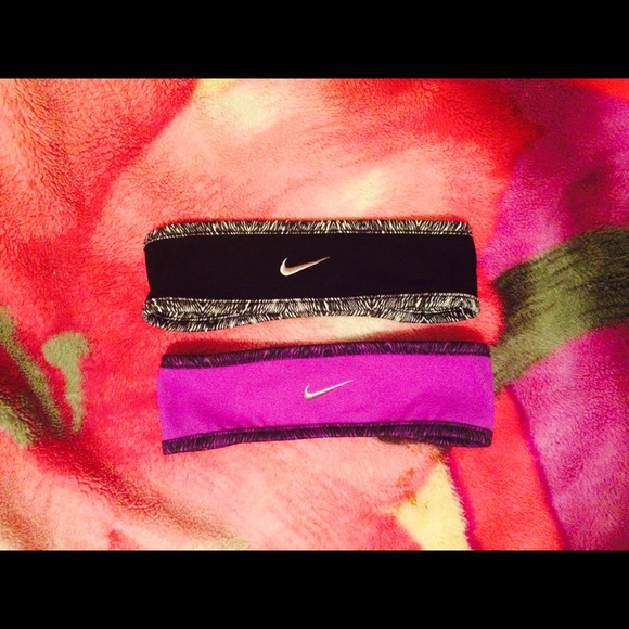 💋🏃Nike women reversible running headbands. M 54c5f46de989551c3d221bb4 01c57a14b38