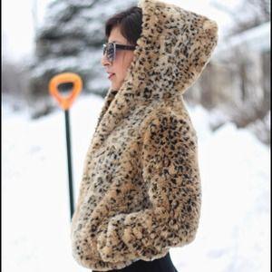 Cheers leopard print faux fur coat with hood