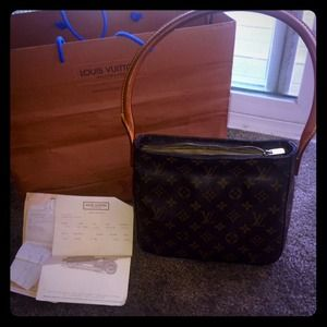 Louis Vuitton Handbags - Louis Vuitton Monogram Looping Bag