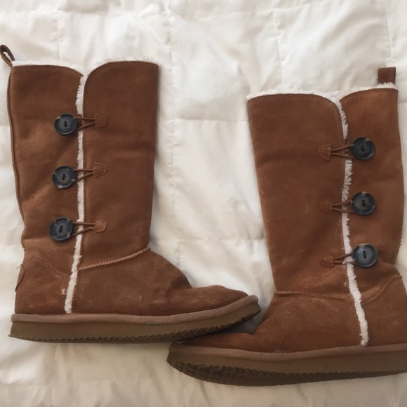 76 american eagle outfitters boots suede boots size