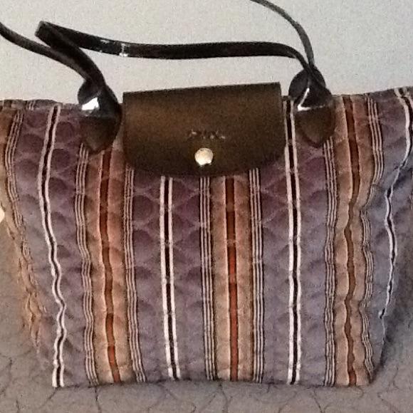 c25d16ec479 Longchamp Handbags - 🎉HP🎉Limited Edition Longchamp Quilted Dandy