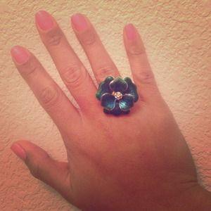 Blue green flower ring!