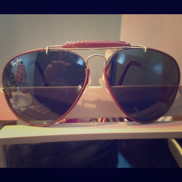 696875066cb Leather Trimmed Ray Bans « Heritage Malta