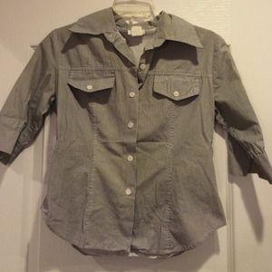 Tops - Gray & white stripe button down 3/4 sleeves shirt