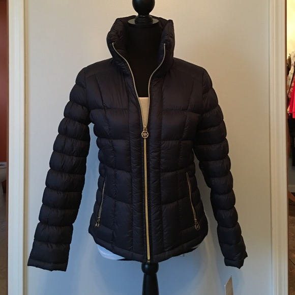 53d84b2a0 Authentic Michael Kors Packable Down Fill Jacket NWT