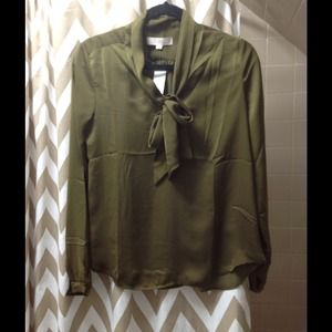 Olive green silky top with neck tie detail