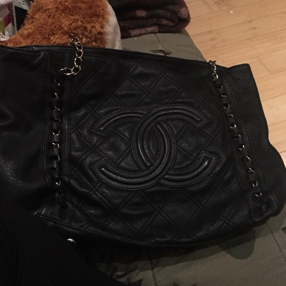 bfbb4505e300d4 CHANEL Bags | Its A Black Chain Bag Its Really Big | Poshmark