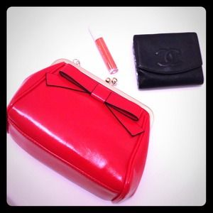 Red Bow shoulder bag