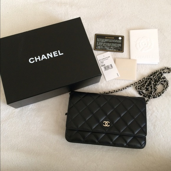 chanel wallet on chain price. 💢sold💢auth chanel lambskin black wallet on chain. listing price: $2600 chanel chain price