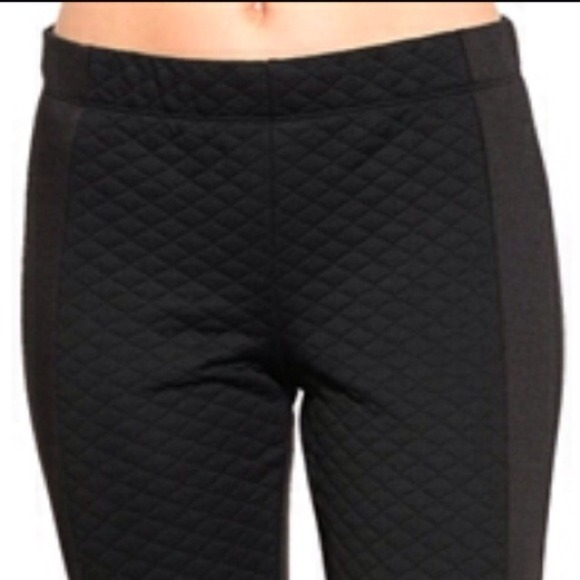NWT! QUILTED BLACK Legging Light