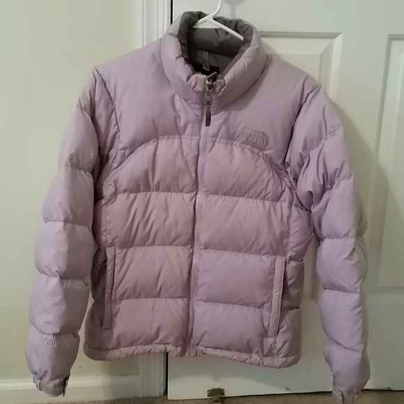 700 North Face puffer jacket (light purple). M 54c940749c6fcf656e00205a cdf9dbd8a