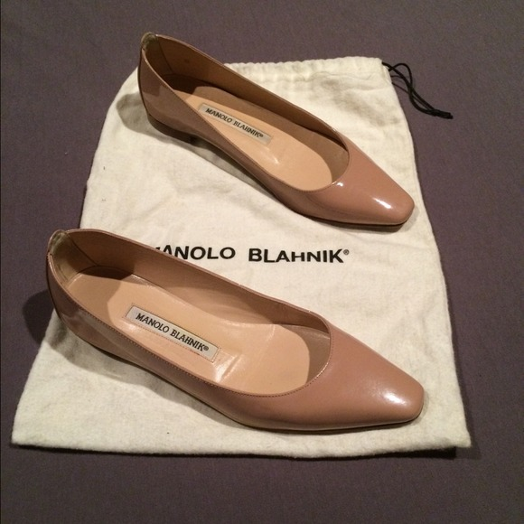 manolo blahnik shoes nude patent leather flats poshmark rh poshmark com
