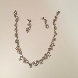 Jewelry - Gown costume  jewelry set