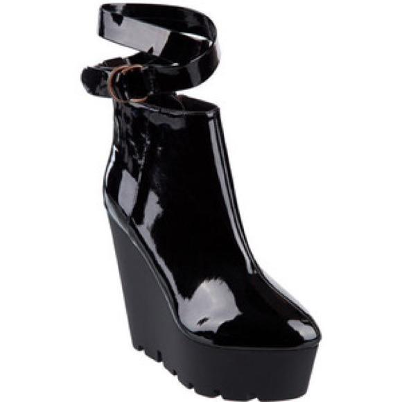 24 cheap monday shoes cheap monday monolit jodhpurs