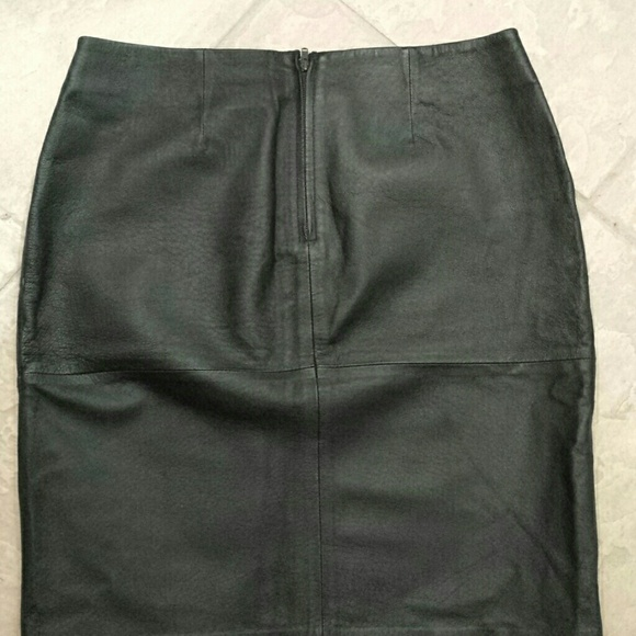 85 newport news dresses skirts black