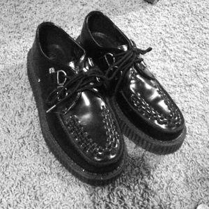 Black T.U.K. Creepers