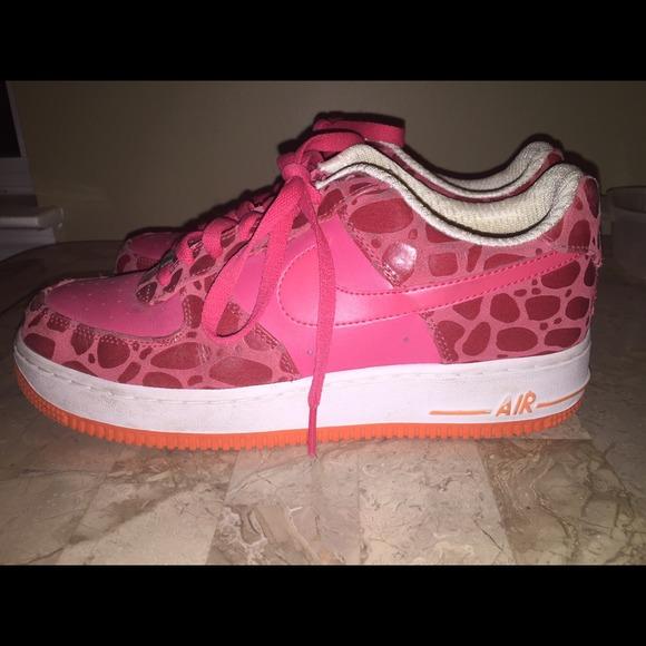 36 nike shoes pink cheetah print nike air
