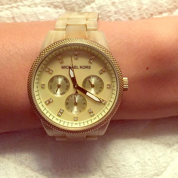 8317de62d0c0 MICHAEL KORS tortoise watch. M 54cb0732d14d7b07da002d06