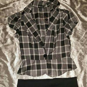 Checkered white/black/ grey short sleeve blazer