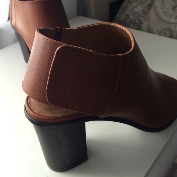 Cato Shoes - Brown faux leather open toe bootie