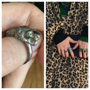 Jewelry - Vintage saber tooth tiger ring