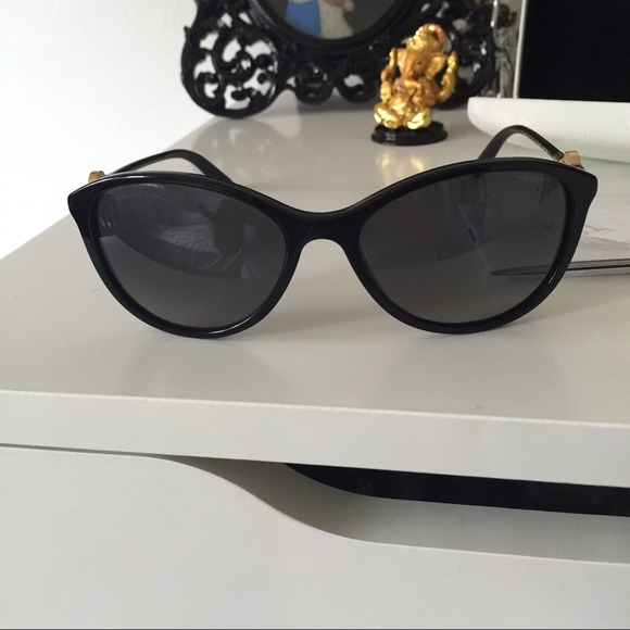 af3fb4cdeb9 Authentic Versace Polarized Cateye sunglasses. M 54cbf9275a49d077fe009113.  Other Accessories ...