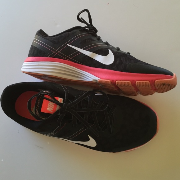 nike flywire dual fusion | Peninsula Conflict Resolution Center