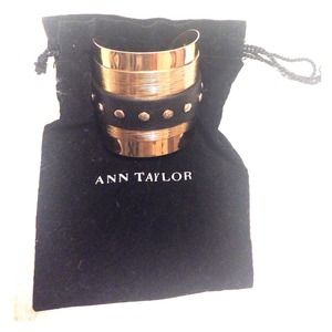 Ann Taylor 💯 % leather and gold cuff