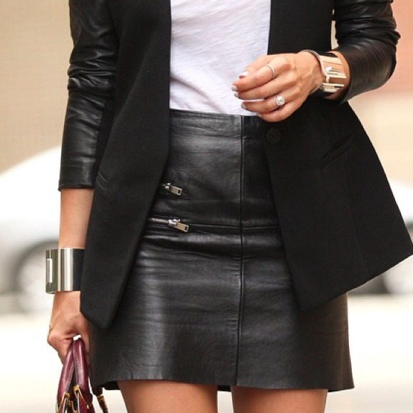 H&M - H&M short fitted leather skirt from Cassandra's closet on ...