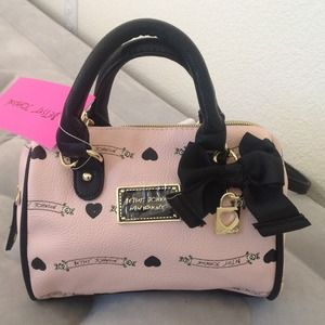 NWT Betsey Johnson crossbody/handbag