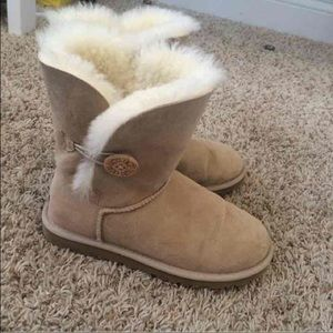 Ugg Bailey short boots