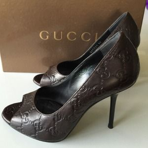 Gucci Shoes - NEW Gucci Logo Peep Toes